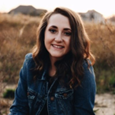 Image of Kirsten Fox